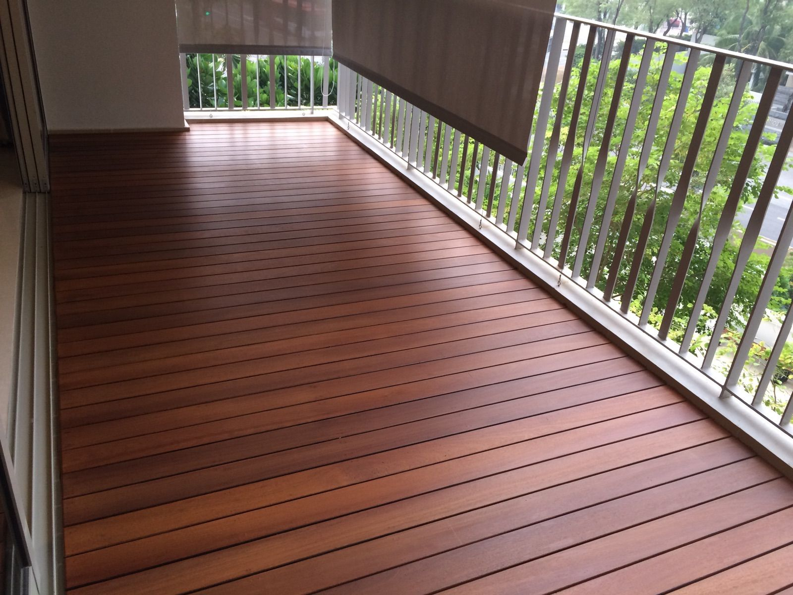 Composite decking tiles prices wpc decking composite deck outdoorbalcony flooring with nice ideas and color options mesmerizing solid wood balcony flooring idea for apartment feat metal railing dailygadgetfo Images