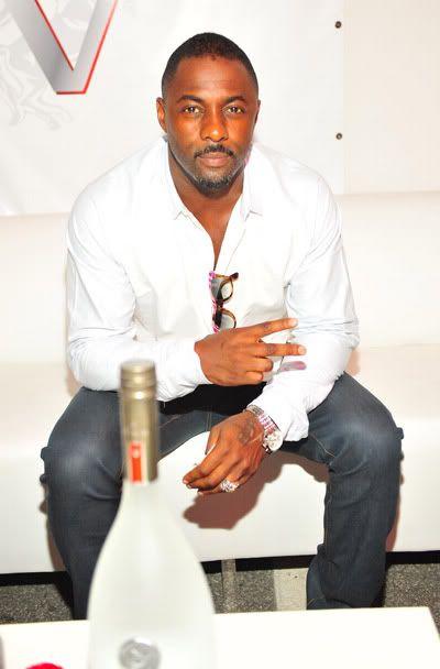 Idris Elba.... yum!