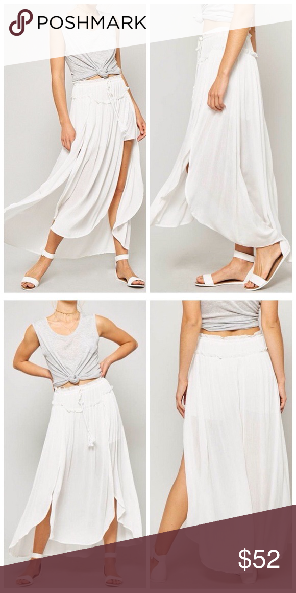 336e7c7067 Off White Ruched Double Slit Boho Maxi Skirt A woven maxi skirt featuring  drawstring elasticized