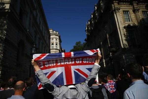 Lo scenario per gli italiani dopo brexit analizzando la situazione attuale del Regno Unito e le conseguenze inevitabili post referendum.
