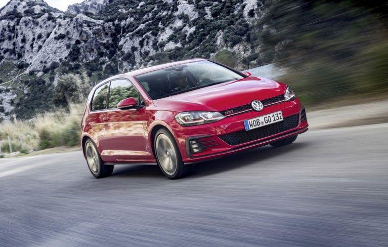 Vw Golf Gti Performance Mehr Power Coole Extras Volkswagen Golf Volkswagen Und Vw Golf 7