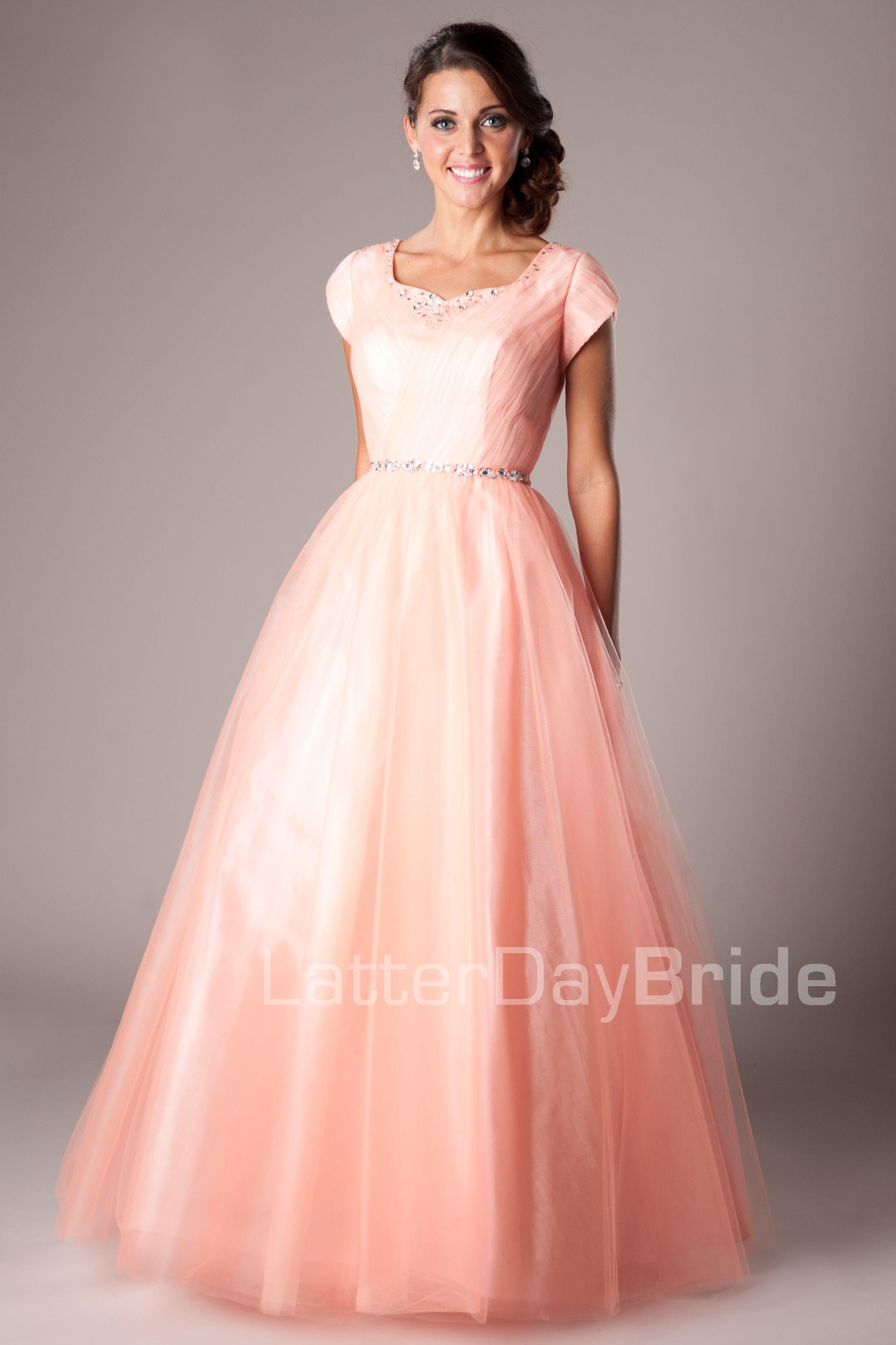 Modest Prom Dresses : Skylar | robes | Pinterest | Vestido de fiesta ...