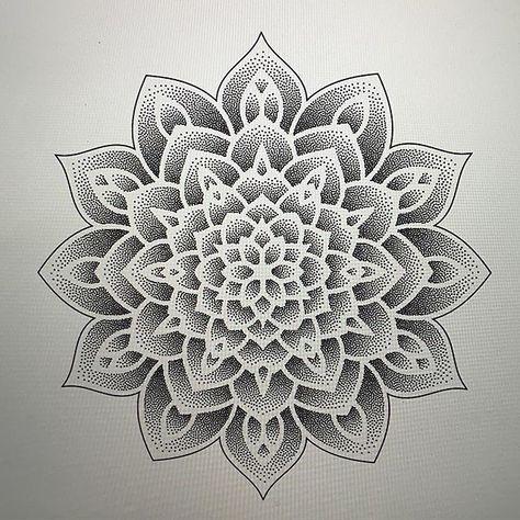 Mandala Sharing On Instagram By Mandalaengraving Instagram Mandala Mandalatatto In 2020 Mandala Tattoo Vorlagen Dotwork Tattoo Mandala Sommer Tattoo