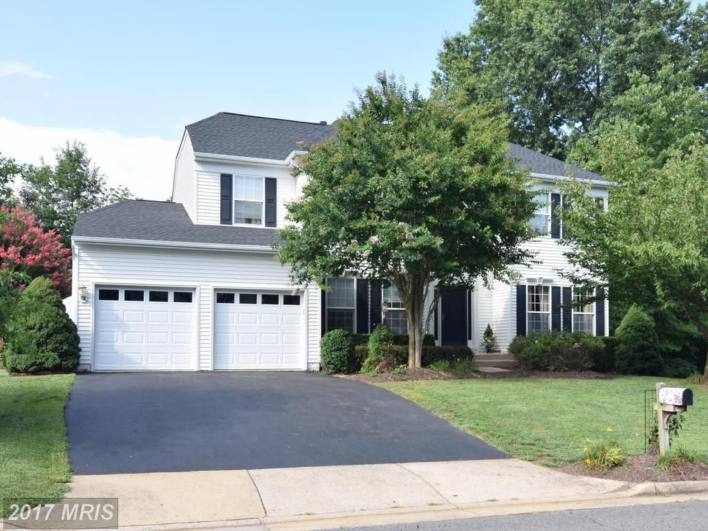 Mls Pw10017073 Located At 12550 Chippenham Court Bristow Va