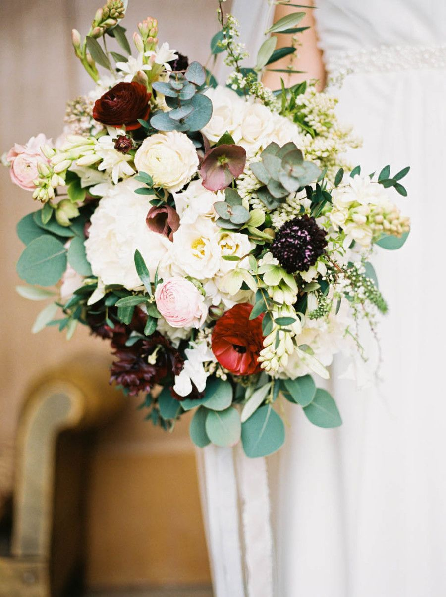 Chic Black Tie England Wedding Wedding bouquets, Blue