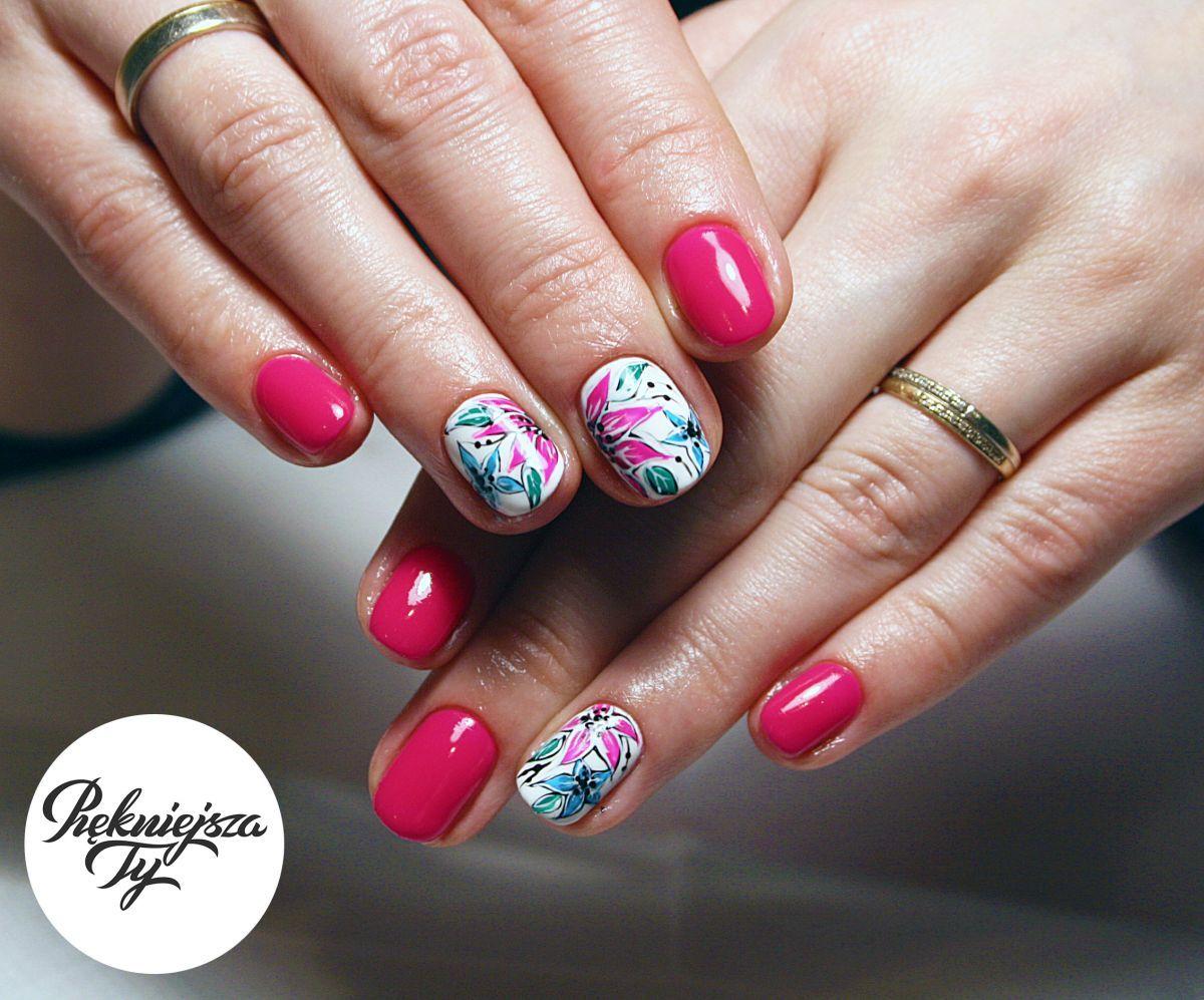 Paznokcie Roz Kwiaty Manicure Nails Beauty