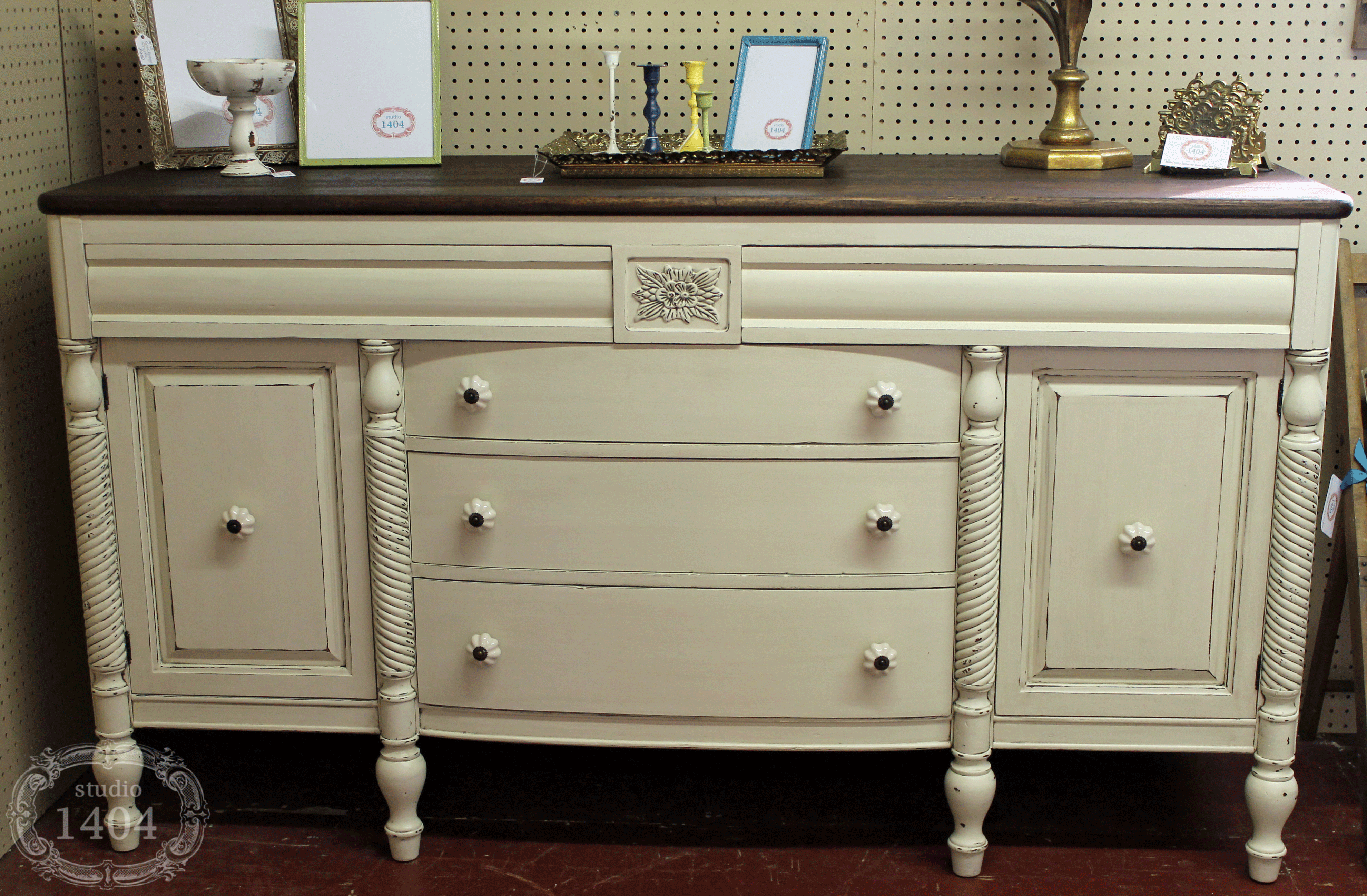 Sideboard Furniture Image On Antique Buffet 600 393