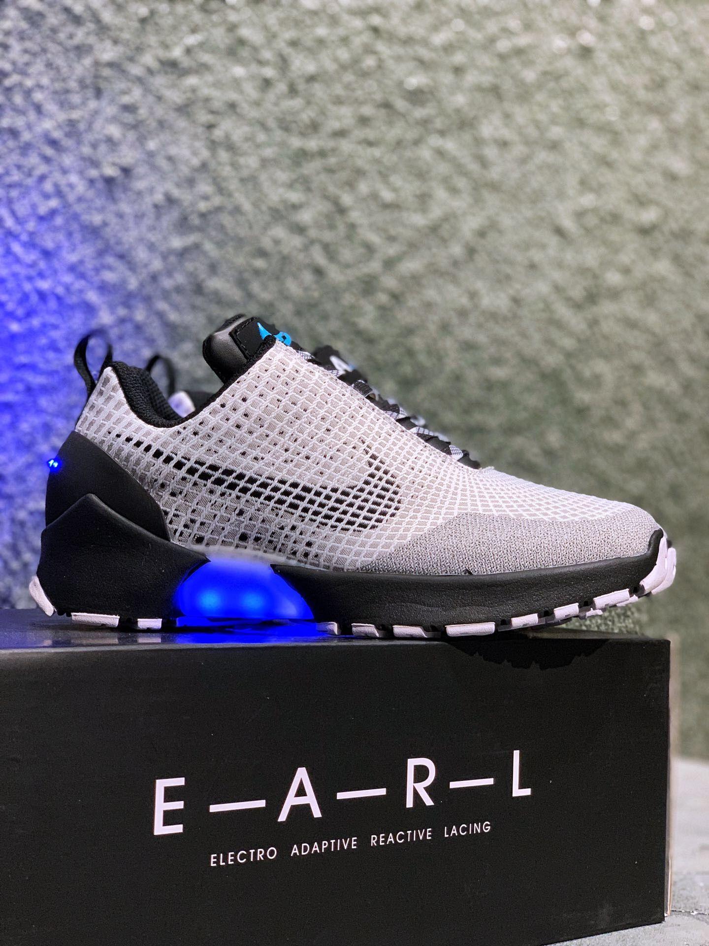 MT2.0 NIKE E.A.R.L Nike Hyperadapt 1.0