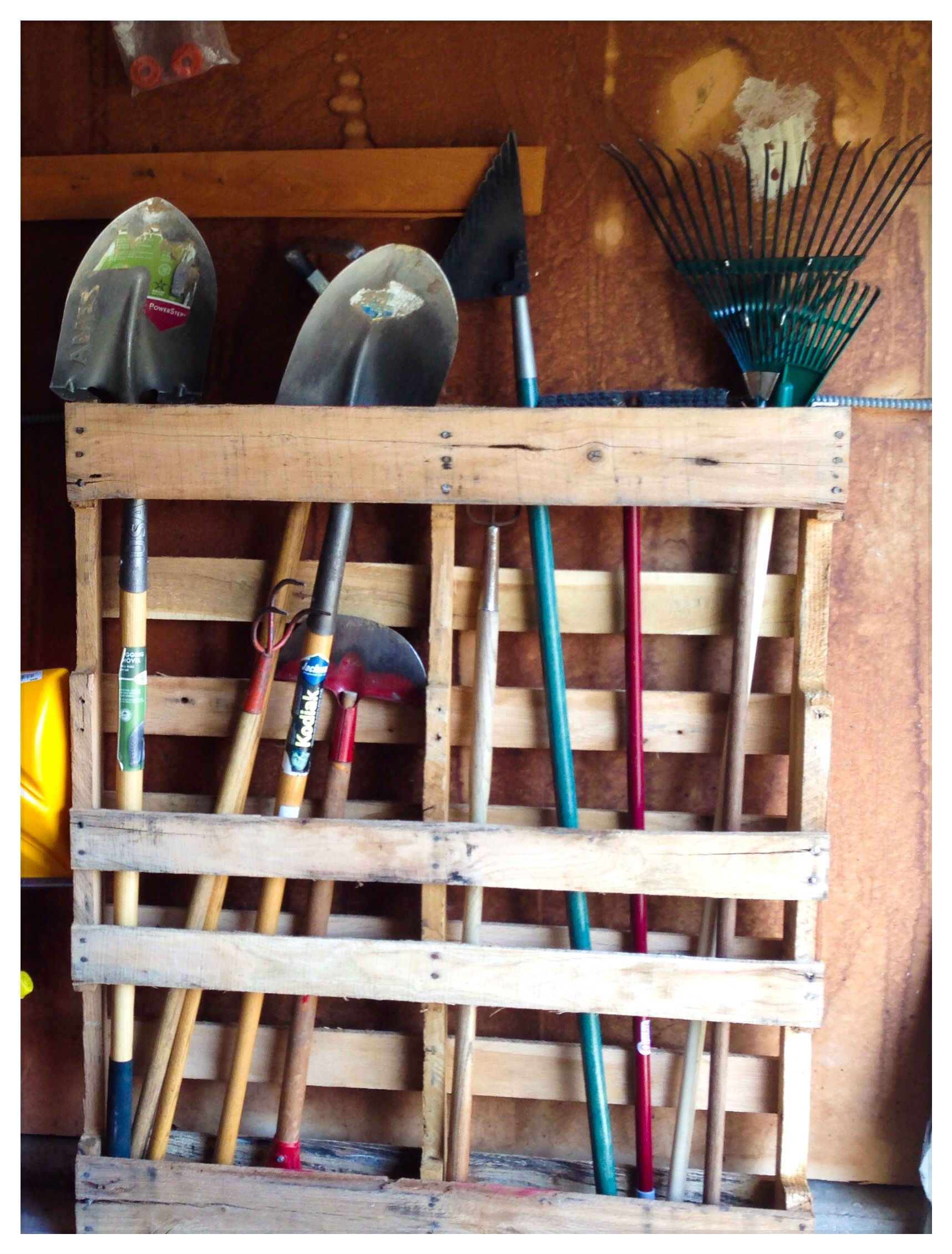 Simple and best of all FREE! DIY Yard tool organizer. # ...