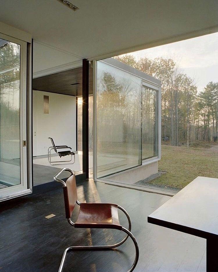Pin By Mrktx On Interior Exterior Mid Century House Mid Century Modern House Glass House