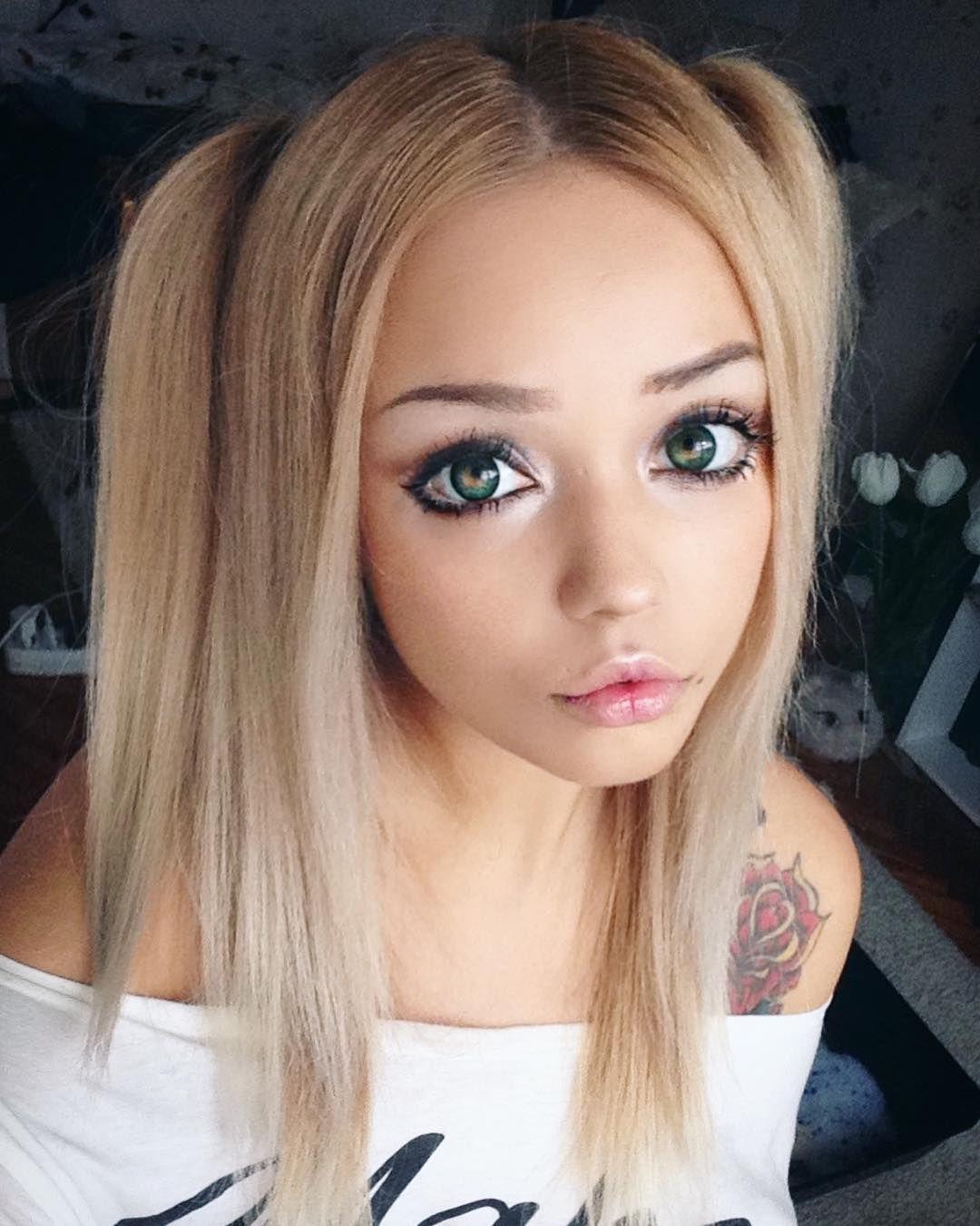 Pin By Katie Robu On Menningarnott Big Eyes Makeup Kawaii Makeup Anime Eye Makeup