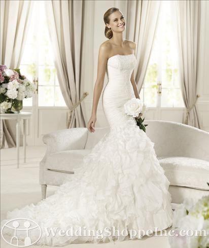 Pronovias Bridal Gown Davinia from the Wedding Shoppe, http://www.weddingshoppeinc.com #organza #mermaid #spring2013 #Pronovias #wedding #bridal #mermaid
