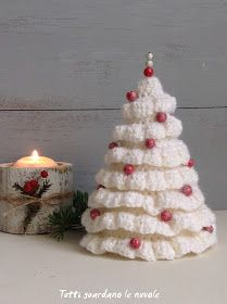 Regali Di Natale Alluncinetto.Alberelli Natalizi Di Lana Lavorati A Crochet Crochet Patterns