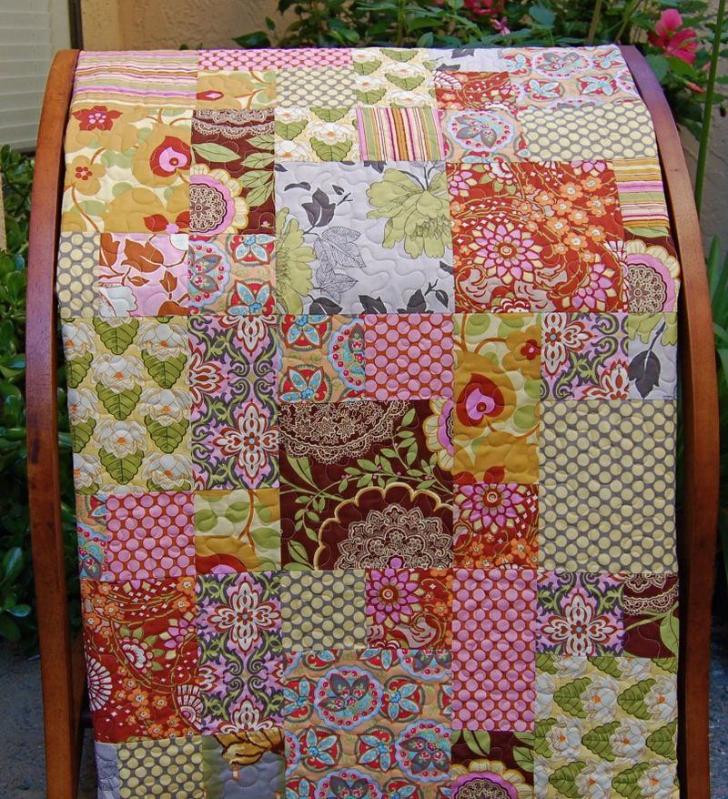 Amy Butler Lotus Quilt - Time In Pinks