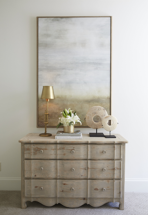 Best Chic Foyer Features A 3 Drawer Scalloped Dresser Topped 400 x 300