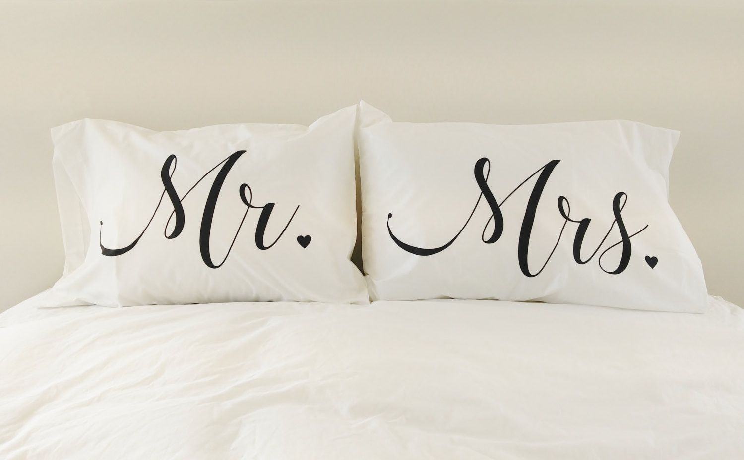 Set Of Two Pillow Cases For Mr And Mrs Future Flat Pinterest