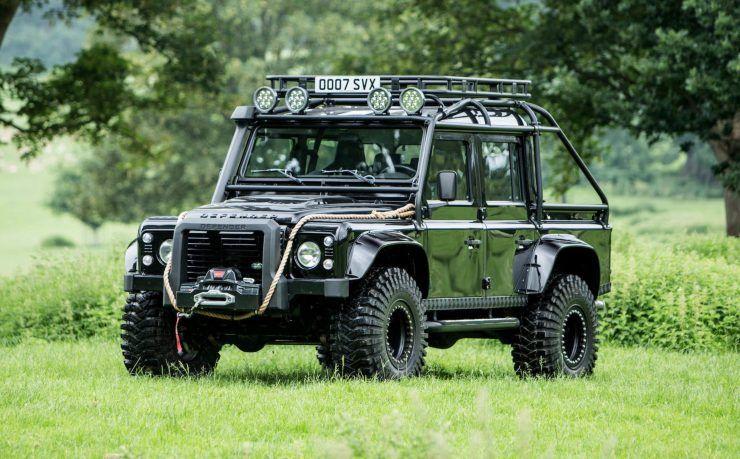 The James Bond Spectre Land Rover Defender Svx Autos Camionetas Coches
