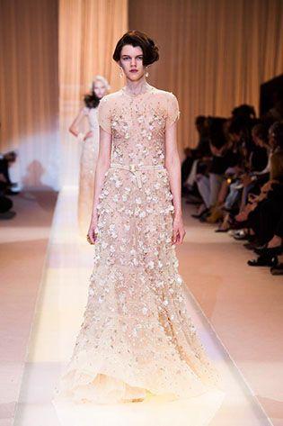 Giorgio Armani Privé Couture Fall/Winter 2013-2014 Collection  #armani #couturefashion #fashion #designerdresses