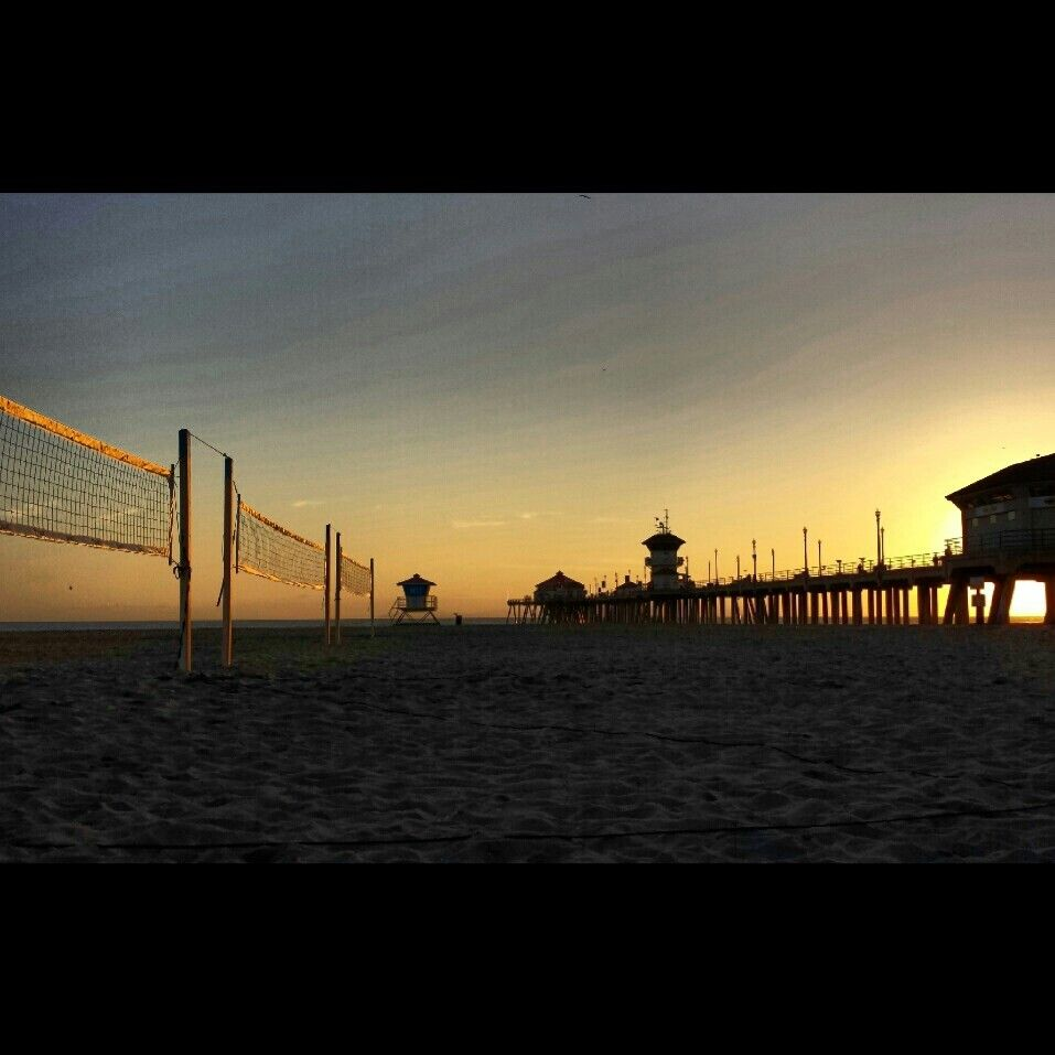 Huntington Beach Sunset After Lots Of Beach Volleyball Lovee It Beach Volleyball Beach Sunset Sunset