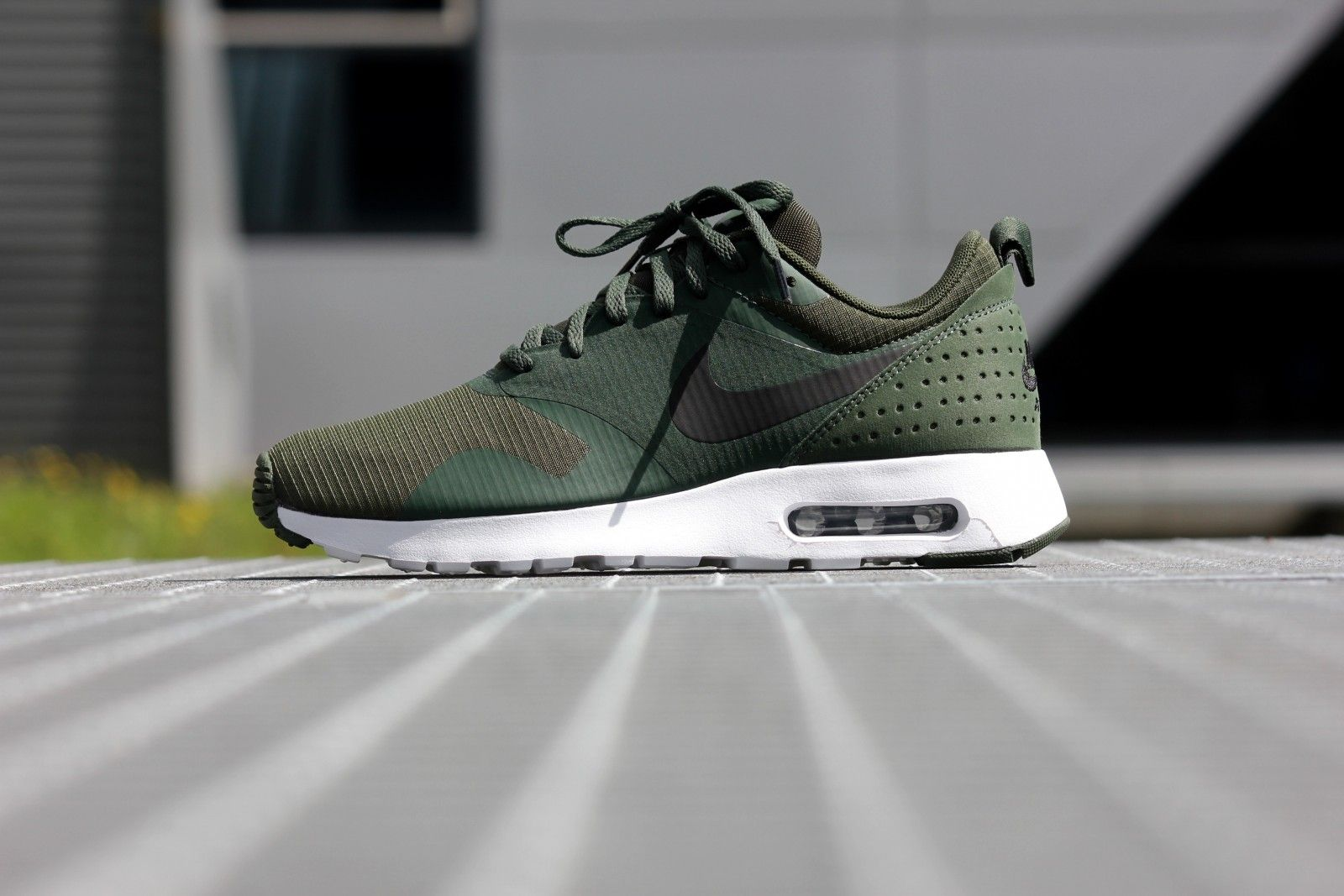 a7f8f01d66 Nike Air Max 1 Tavas Carbon Green/ Black-White - 705149-301 | Nike ...