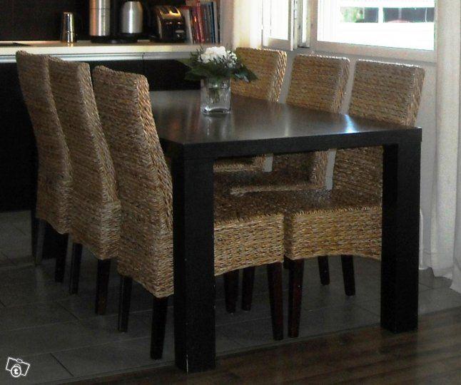 Ruokapöytä ja 6 tuolia