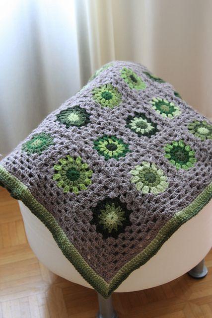 Green Moss blanket | Meine Oma - Granny Squares | Pinterest | Häkeln ...