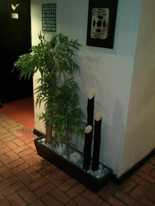 Jardineras artificiales decoracion pinterest ideas para decoration and gardens - Jardineras con bambu ...