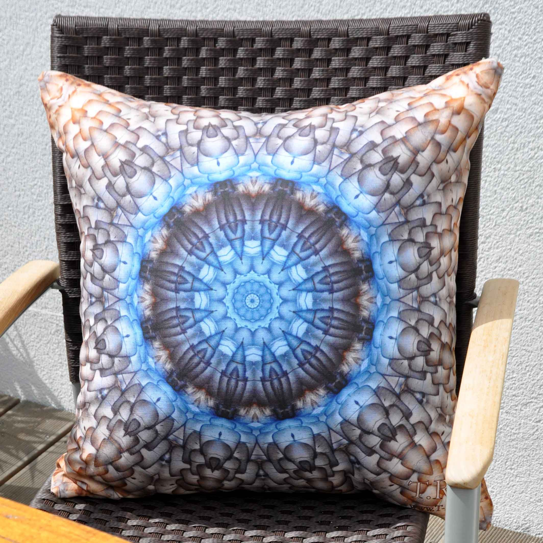 Blue cushion blaues kissen pillows