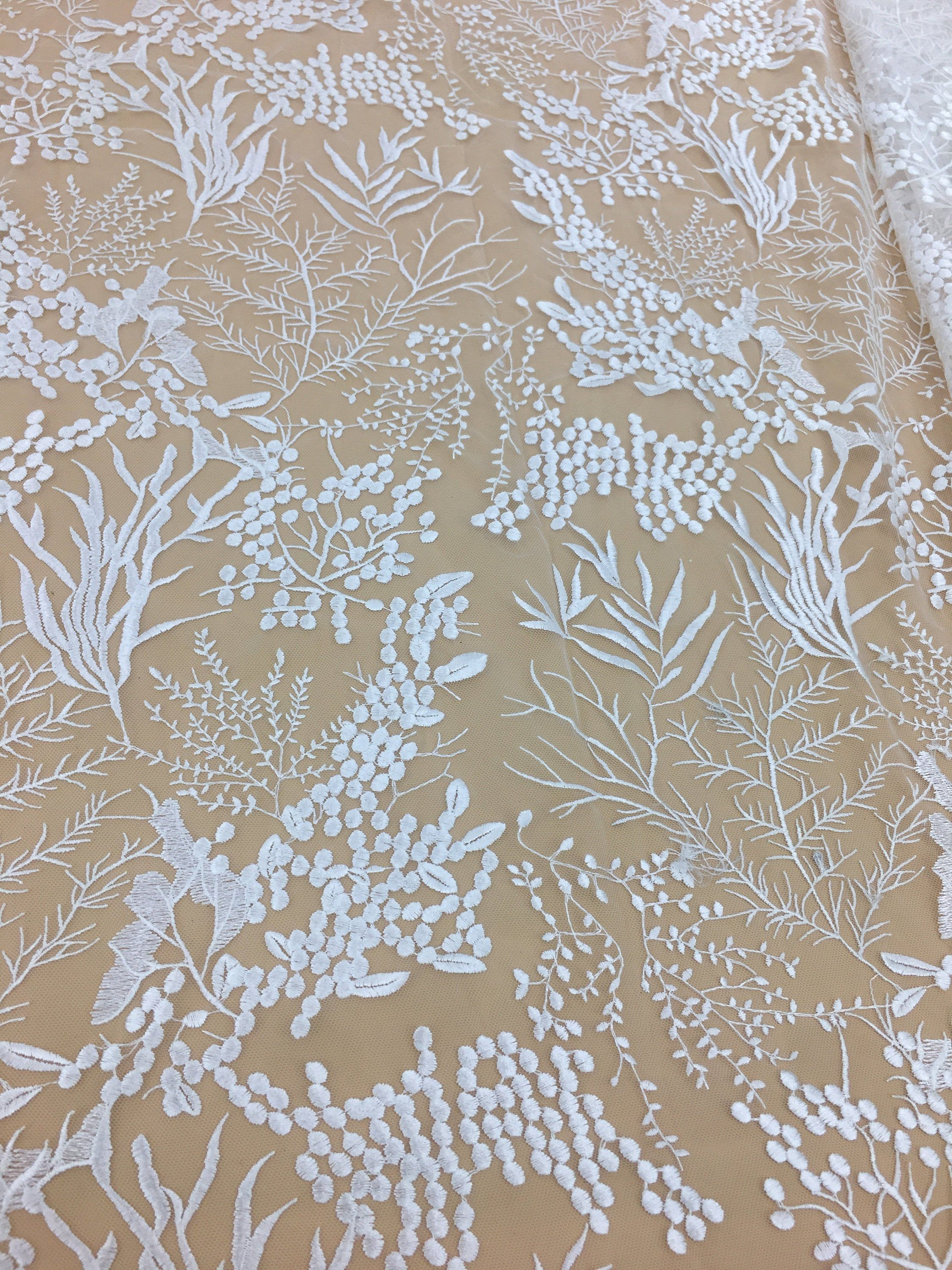 Fashion Lace Fabric Elegant Embroidered Lace French Tulle