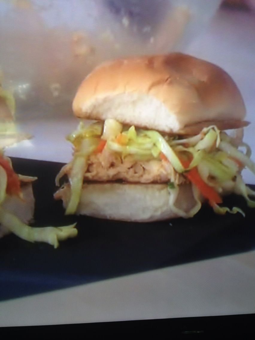 Pulled chicken and spicy slaw sliders trisha yearwood recipe http pulled chicken and spicy slaw sliders trisha yearwood recipe httpwww forumfinder Image collections