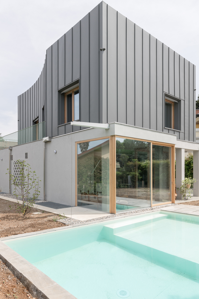 Gallery Of Segrate Villa O A S I Architects 6 In 2020 Industrial Architecture Architecture Architectural Inspiration