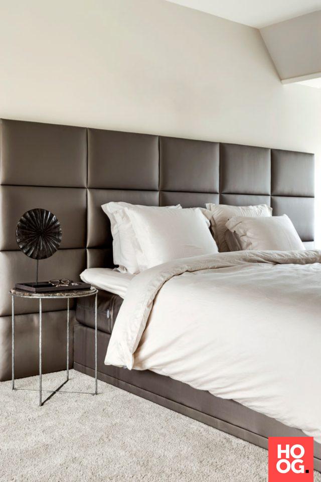 luxe slaapkamer met tweepersoonsbed slaapkamer inspiratie bedroom ideas master bedroom hoog