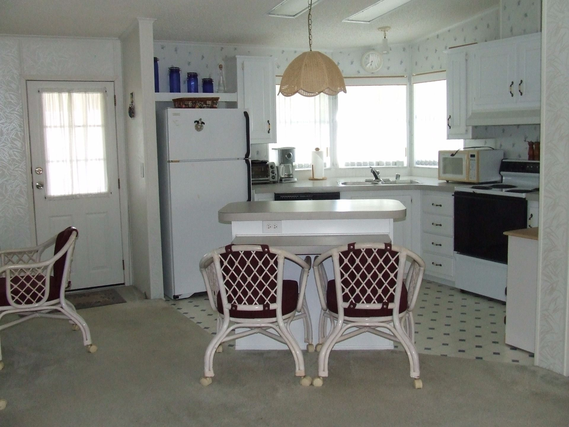 1997 Jacobson Mobile / Manufactured Home in Vero Beach, FL
