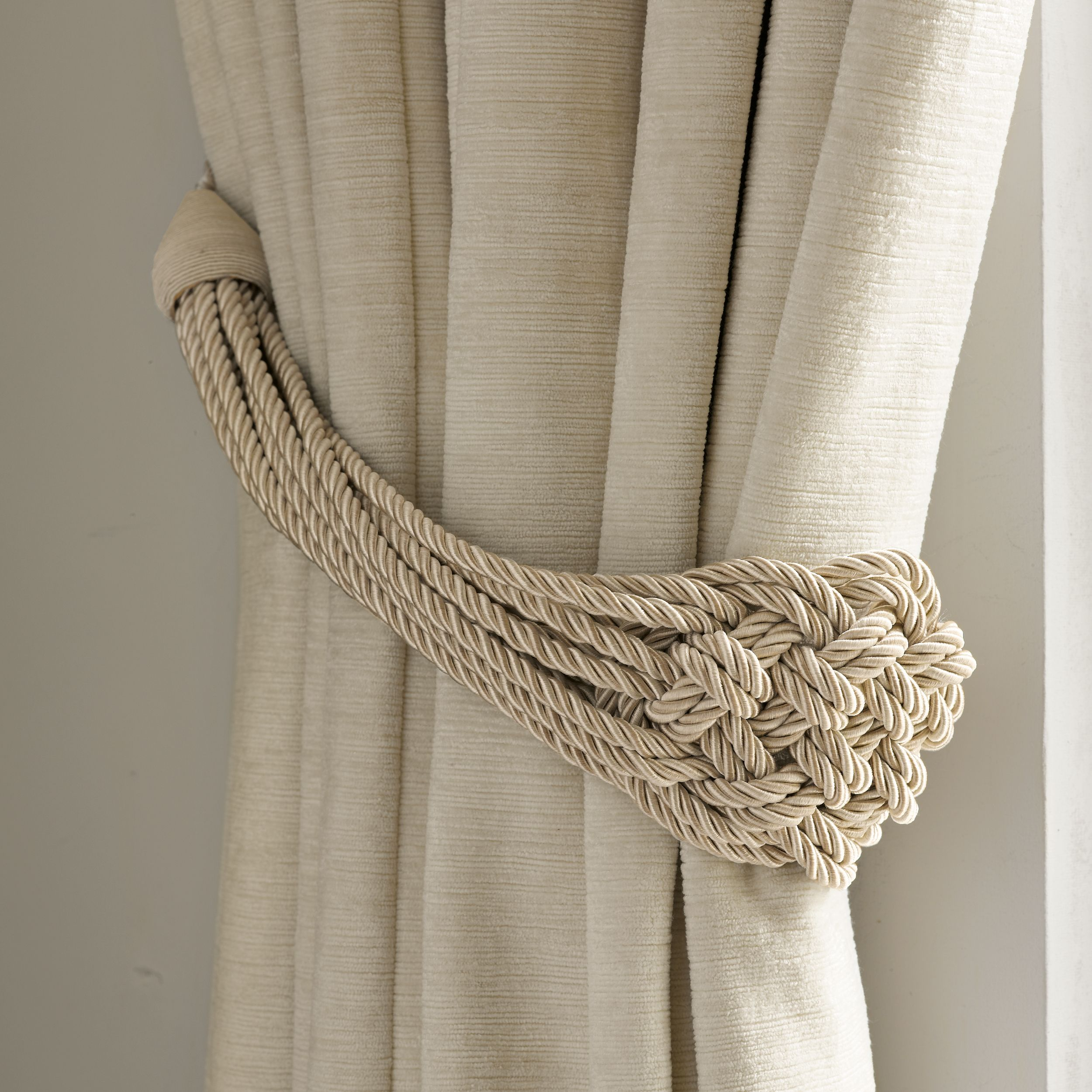 Plaited Rope Natural Curtain Tieback (Laura Ashley