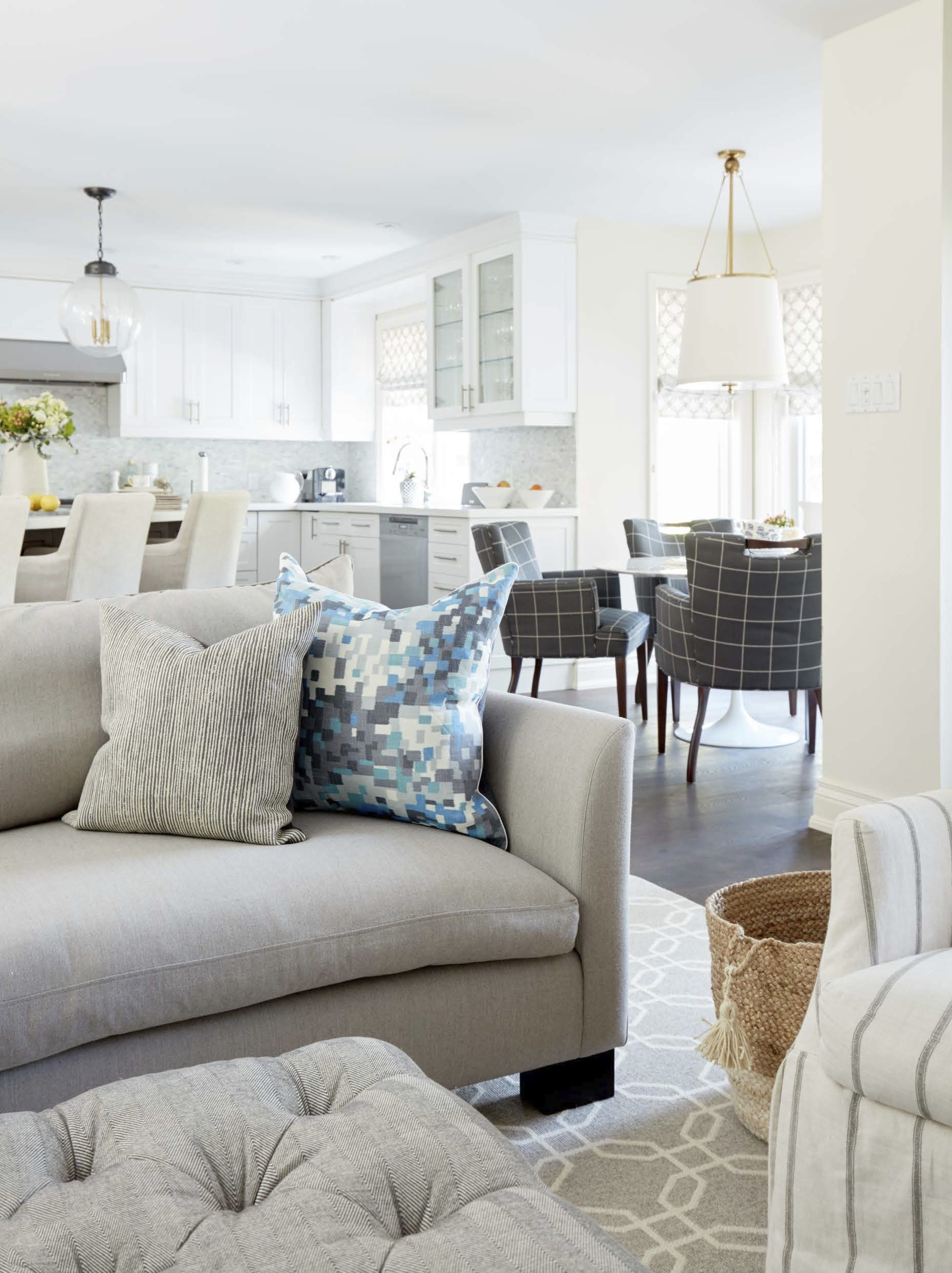 Kitchen Family Room Designs: Brendan Rd. Family Room And Kitchen. Design By Feasby