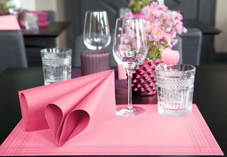 Large Size Place Mats Measure 43 X 33 Cm 17inches X 13 Inches Pack Of 25 Made From Durable Air Laid Paper The Air Laid Paper Is Soft And Linen Feel And Ha In 2020
