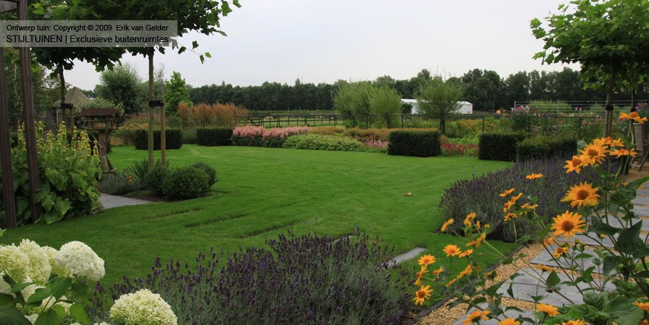 Tuin idee n opdoen bekijk al onze strakke en moderne tuinen townhouse landscape pinterest - Tuin ideeen ...