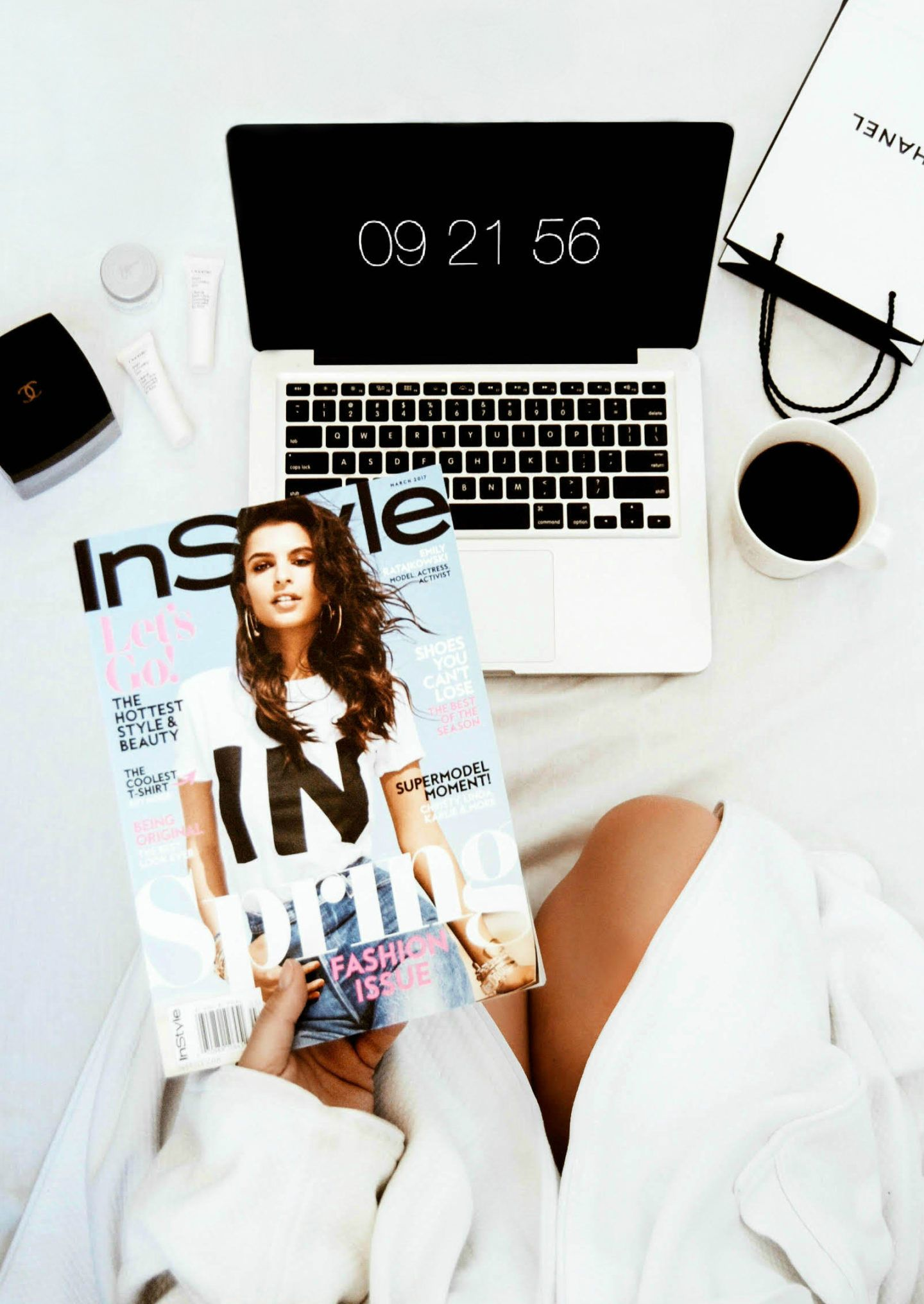 3d0d2f856576 Vanessa Lambert blogger behind What Would V Wear awards herself with some  me time reading InStyle Magazine on a Sunday morning_36