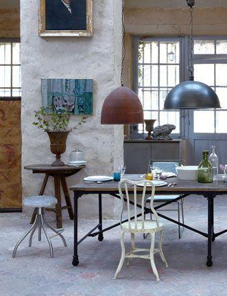 Chehoma Mobilier Et Luminaires Pour Une Exercice De Style Deco Style Deco Decor Chic Industriel Et Deco