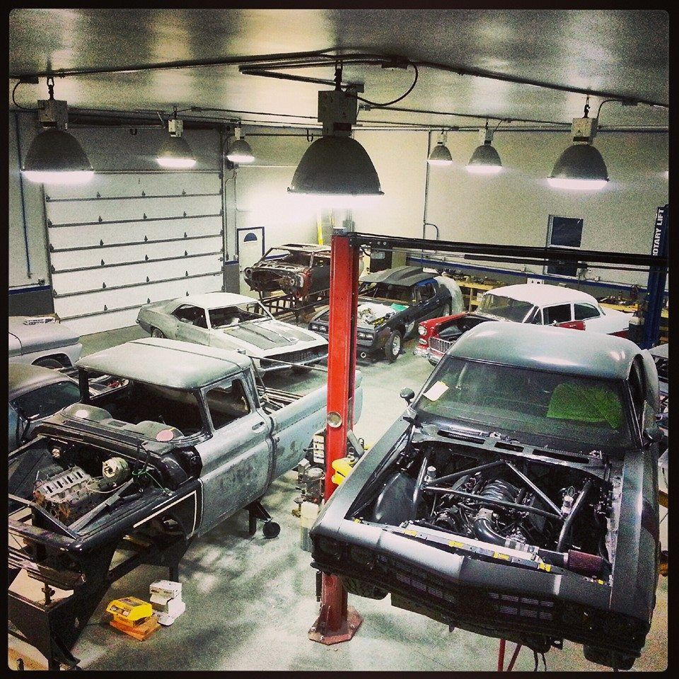 Cars Collector Garages: Pin By DR BEERS On Hot Rod Garage