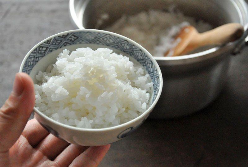 お鍋 で ご飯 を 炊く