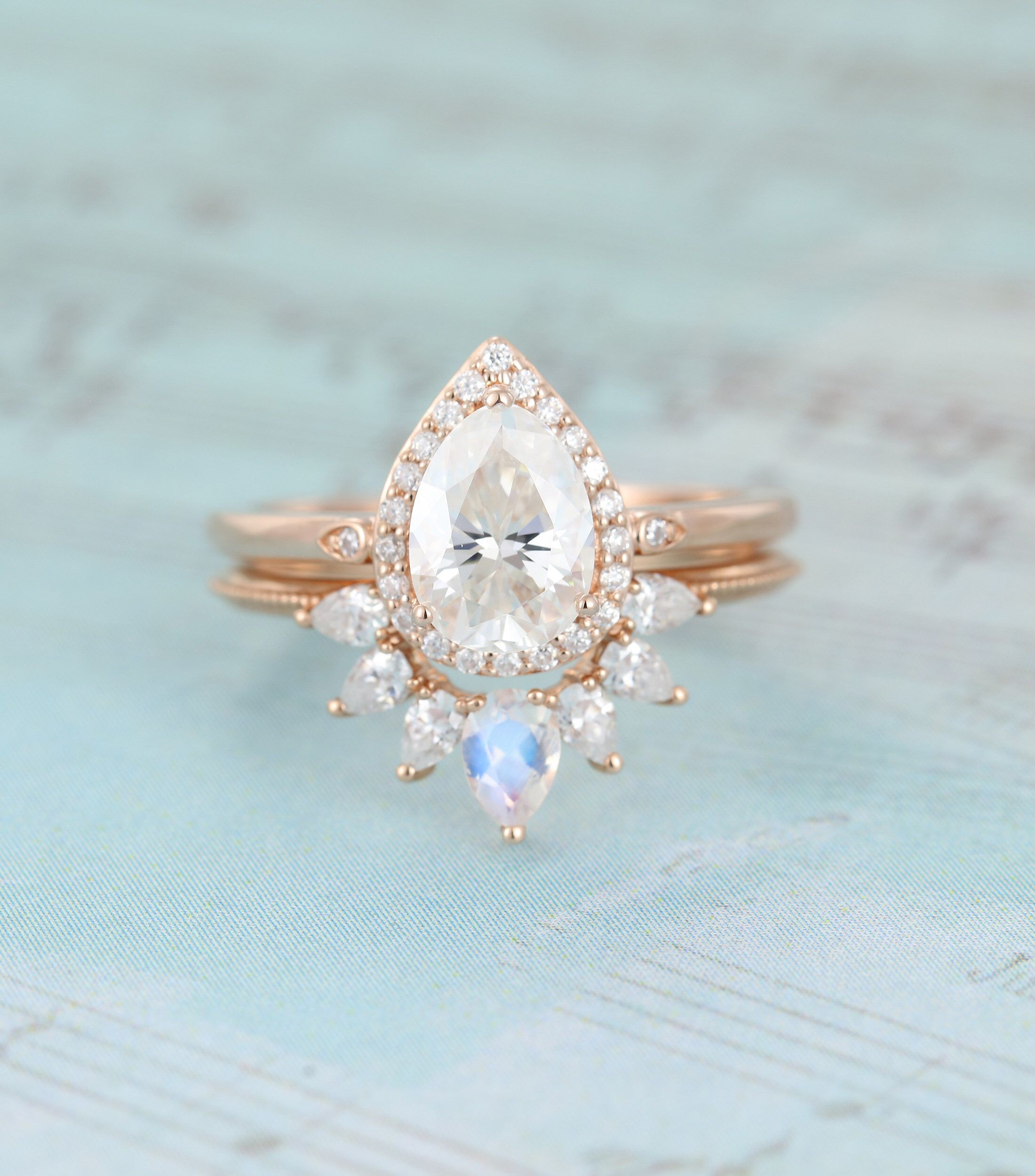 Moissanite Engagement Ring Set Pear Shaped Engagement Ring For