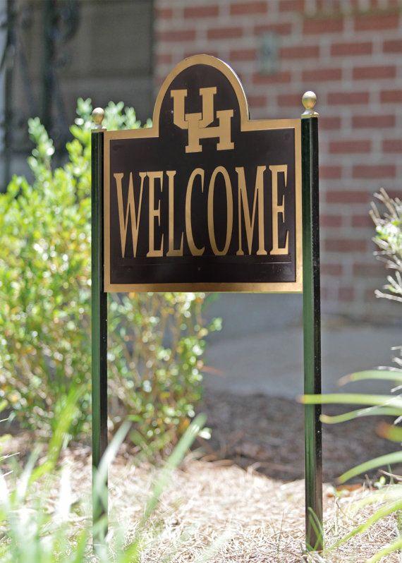 University Of Houston Collegiate Welcome Yard By Hensonmetalworks University Of Houston University Of Mississippi Mississippi State University