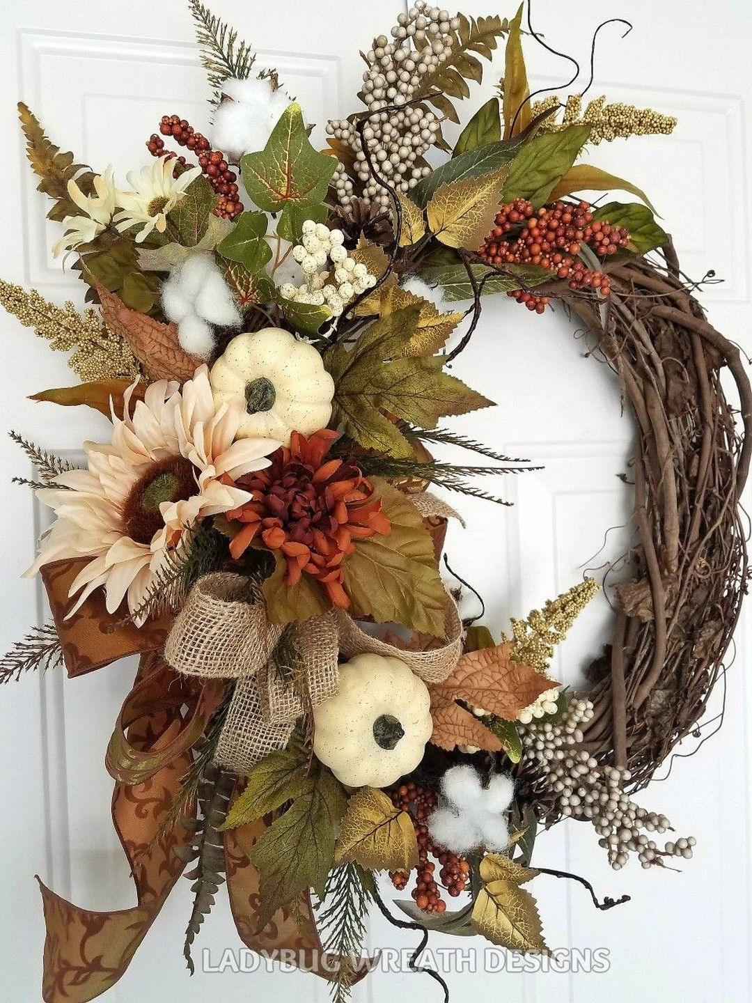 27 Beautiful Handmade Thanksgiving Decoration Ideas You Can Use