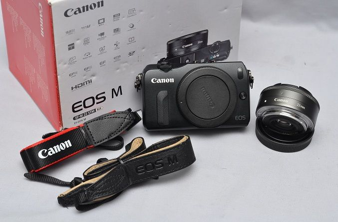 Jual Kamera Mirrorless Second – Canon EOS M | Proyektor