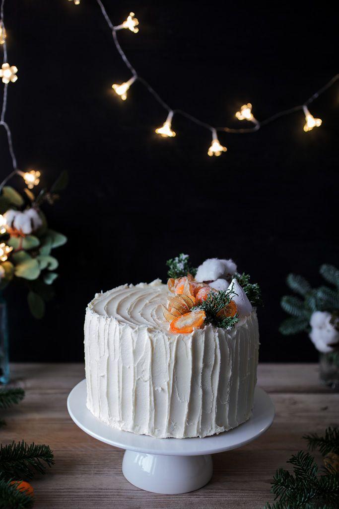 4-layers cake with orange crème brûlée and mango-passion-fruit swiss meringue buttercream {recipe by @toetjeaddicted)