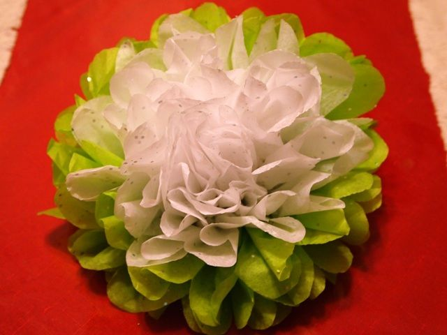How to make tissue paper flower ornaments for your christmas tree how to make tissue paper flower ornaments for your christmas tree tissue paper flowers tissue paper and flowers mightylinksfo