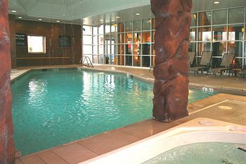 Hampton Inn Virginia Beach Oceanfront North Pool With Grotto Swim Relax Exercise Indoor