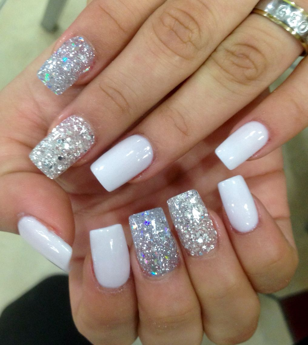 Nailsbyevon Acrylicnailschristmas Glitter Nails Acrylic White Acrylic Nails With Glitter Silver Nails