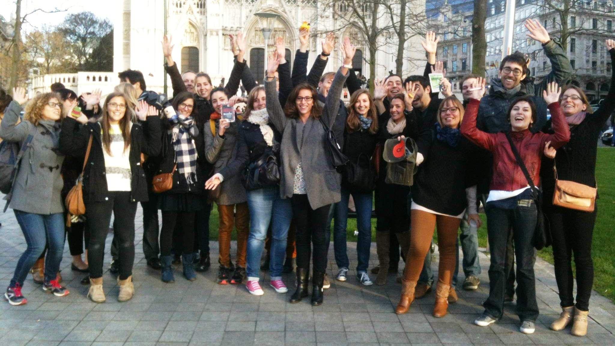 Le mystérieux Crime à Bruxelles n'a désormais plus aucun secret pour vous... Merci à tous pour votre joyeuse participation, et bravo tout particulièrement à l'équipe des Franco-Belges pour avoir remporté cette manche !